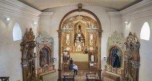 Visitantes se encantam com a Matriz de Santo Antônio, de Itatiaia (Ouro Branco/MG), após restauro